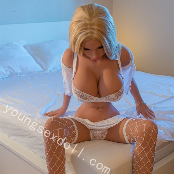 Big Breasts Sexy Blonde Long Hair Female Doll For Men