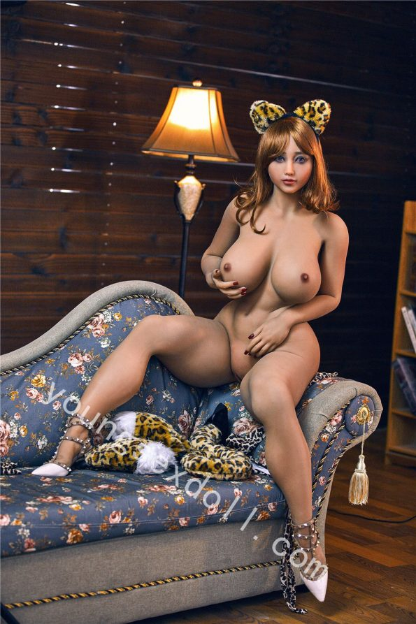 Sexy Leopard-print Short-haired Female Sex Doll