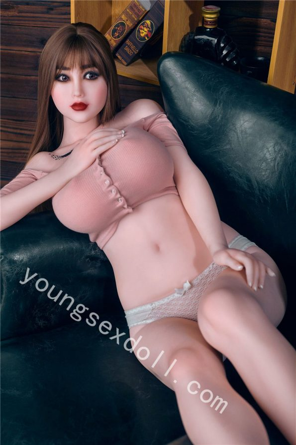 Full Body Female Sex Doll With Big Breasts And Straight Hair