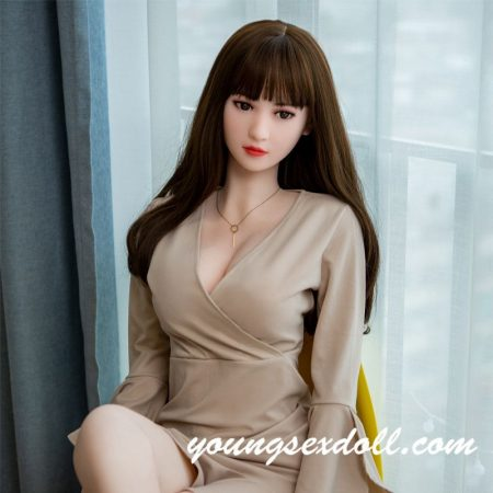 168cm Elegant Slim Brown Straight Hair Small Breast Blond Sex Doll